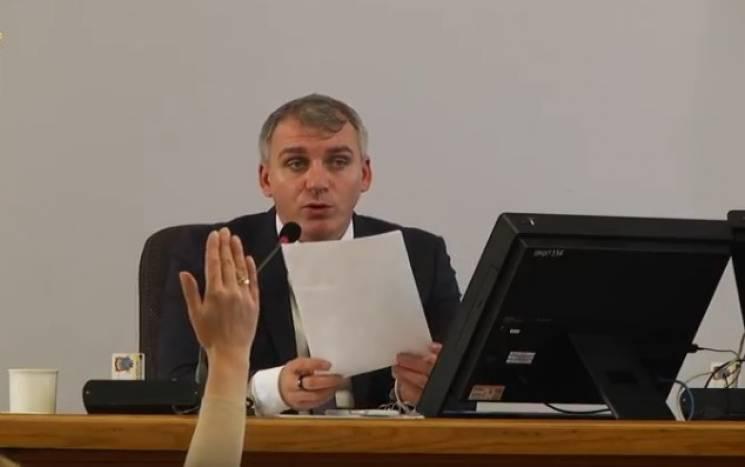 Мер Миколаєва Сєнкевич веде сесію російською мовою  (ВІДЕО)