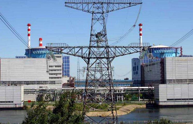 Яценюк анонсировал строительство новых энергоблоков АЭС