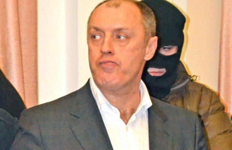 Мера Полтави із лялькового театру доправили прямо до суду