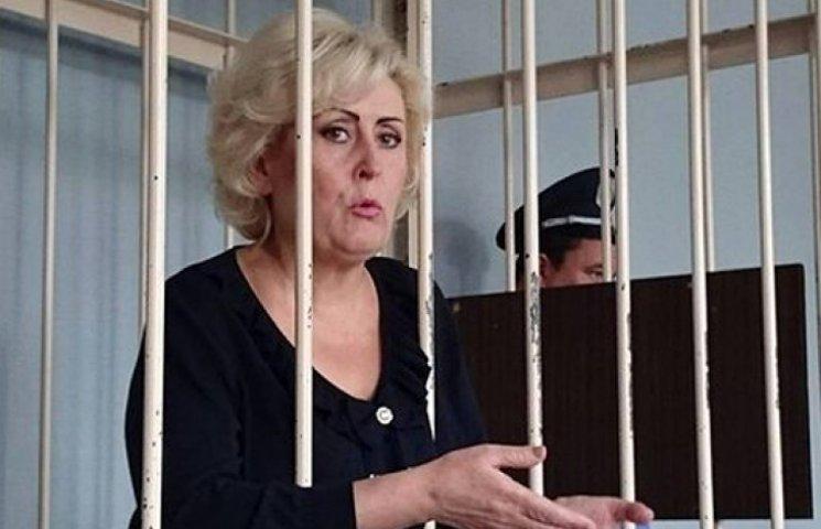 Штепа не смогла разжалобить судью и получила еще два месяца ареста