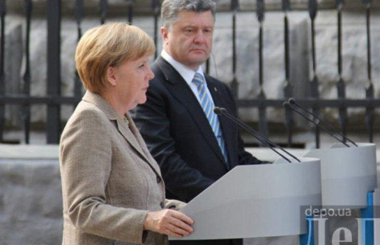 Порошенко с Меркель обсудили Донбасс и освобождение заложников