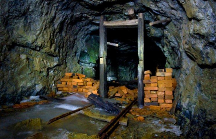 В Донецкой области остановилось 70% шахт и предприятий