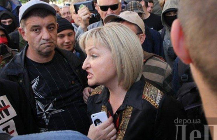 На Банковой жену Луценко чуть было не постигла участь Журавского