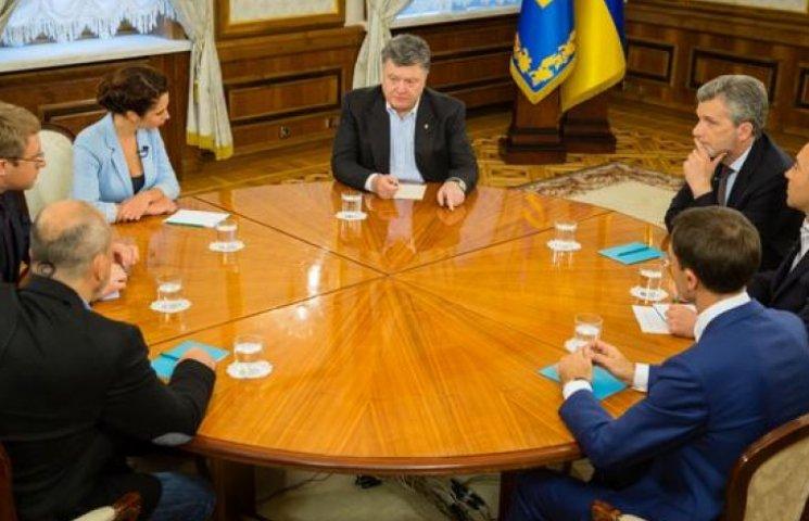 Войну в Донецке и Луганске нельзя выиграть военными методами, - Порошенко