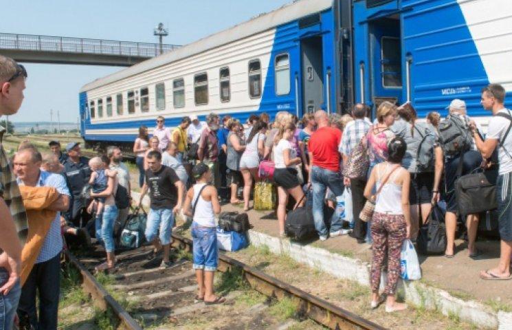 Из Киева в Луганск стали ходить поезда: первый уехал забитый «под завязку»