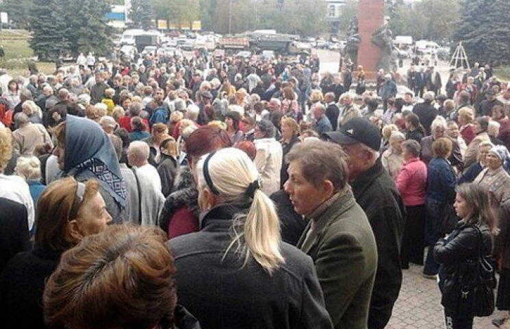 В оккупированных «ЛНР» и «ДНР» зреет голодный бунт: или платите, или валите