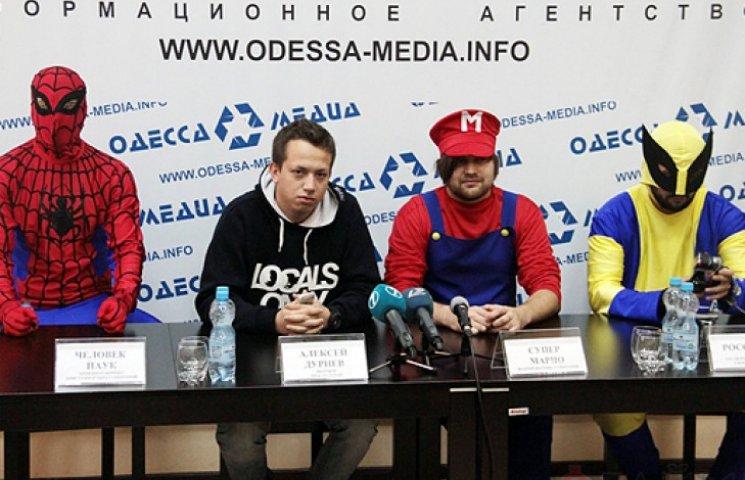 На Одещині по мажоритарці йдуть «зелений, клон і клоун»
