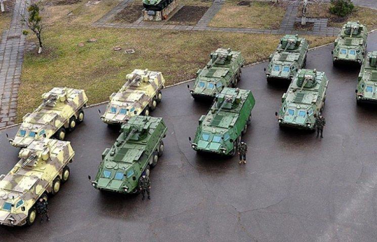 До кінця року для армії і Нацгвардії закуплять нові БТРи і «Гради»