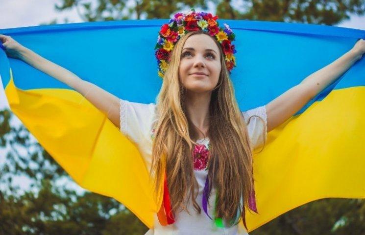 Перші уроки школярів присвячені єдності України