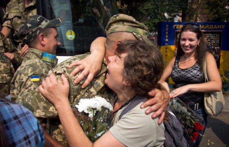 У Полтаву повернувся батальйон після 13 місяців на війні