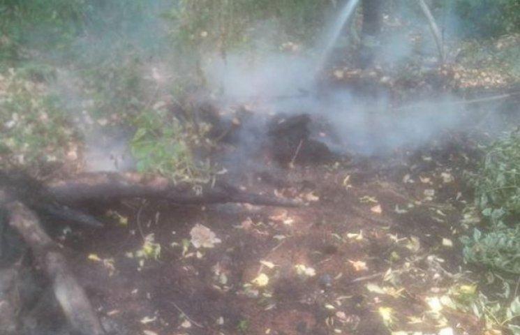 Рятувальники ліквідували пожежу торфу в Хмельницькому