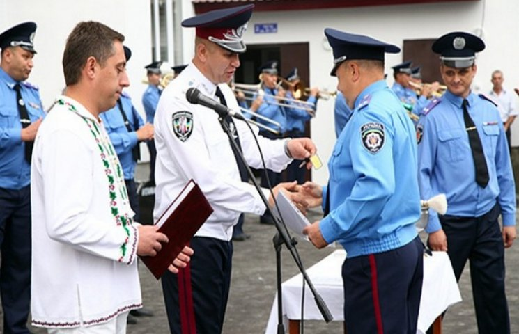 86 подільських правоохоронців, серед яких 10 учасників АТО, отримали квартири