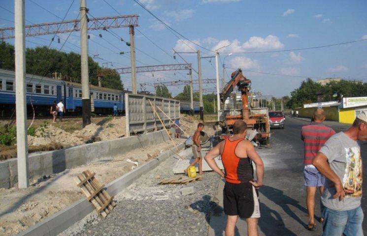 Зупинку громадського транспорту споруджують для зручності хмельничан