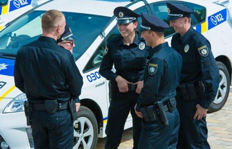Жінка-суддя стала безробітною після зупинки її авто новою поліцією у Львові