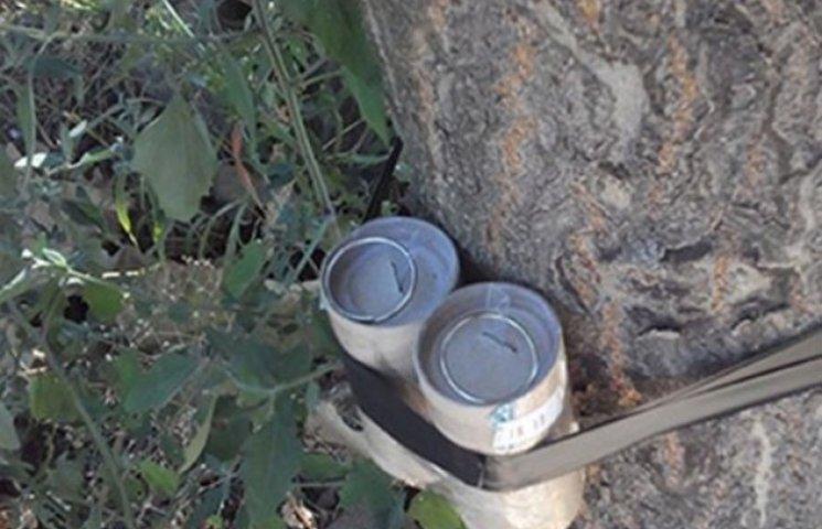 Розтяжка між деревами в Одесі була повна вибухівки