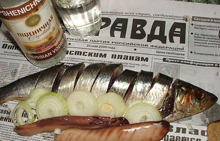 73 роки гранчака: Маловідомі факти з історії гранованої склянки