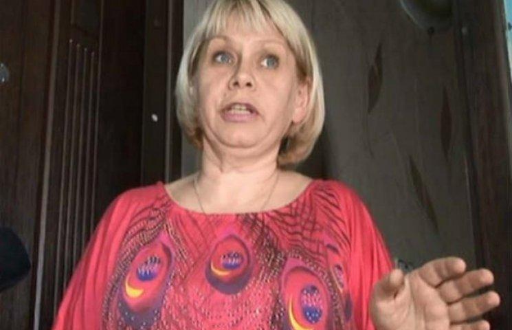 Харківська медсестра, що добивала ногами…