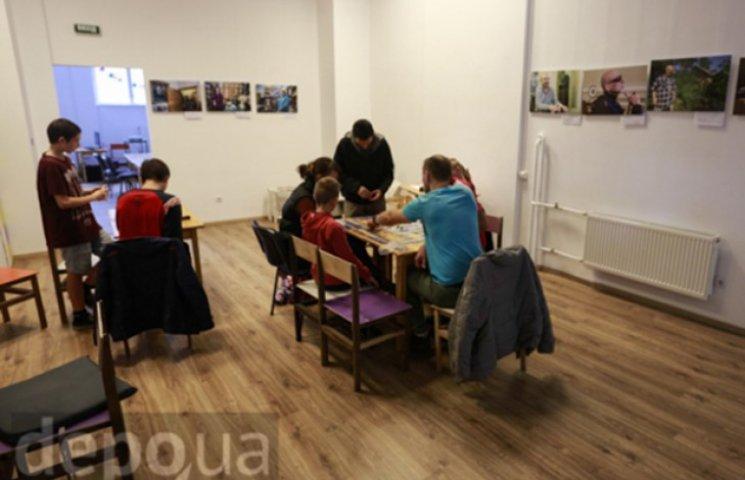 У Львові презентували персональну вистав…