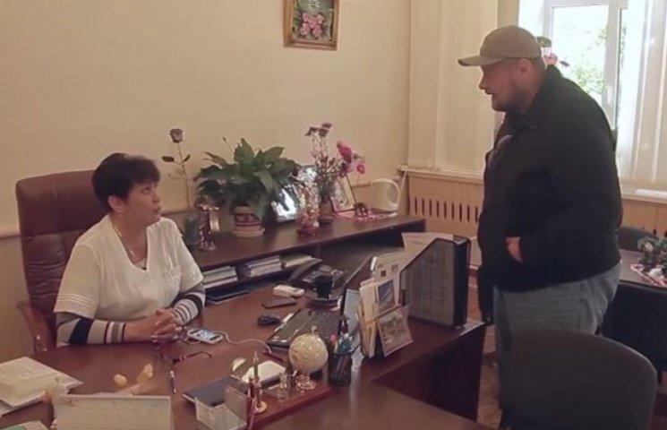 """Як """"радикал"""" Мосійчук """"наїхав"""" на жінку-лікаря на Луганщині"""