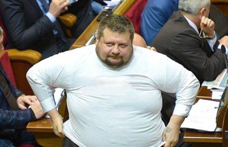 """Как """"широпа"""" играет мышцами в парламенте"""