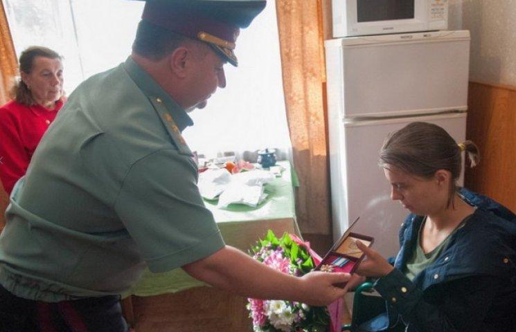 В Міноборони медсестрі Лютик замість статусу УБД видали орден