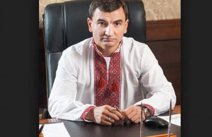 """Кріворізький """"фронтмен"""" від """"Відродження"""" виграв суд у газети за наклеп"""