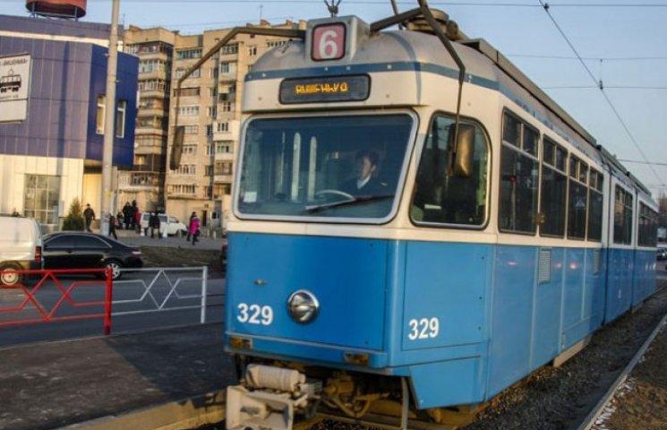 У Вінниці трамвай травмував хребет студентці
