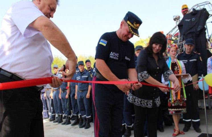 На Дністрі під кінець купального сесону відкрили рятувальну станцію