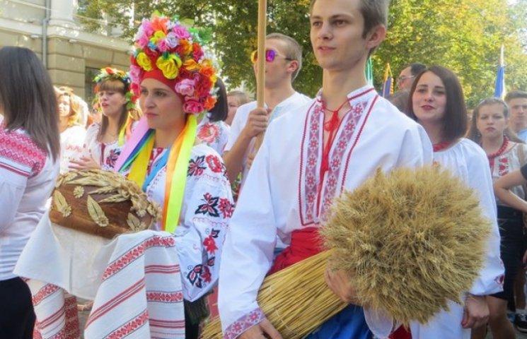 Полтавців вітатимуть з Днем міста святковим концертом