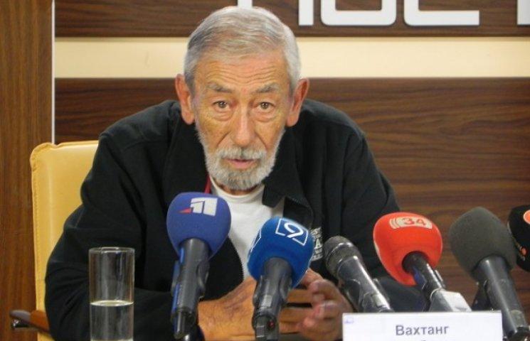 Кікабідзе у Дніпропетровську розповів про сором і ганьбу України та Росії