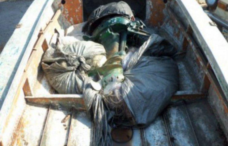 Двоє браконьєрів на Кременчуцькому водосховищі наловили риби на 177 000 гривень