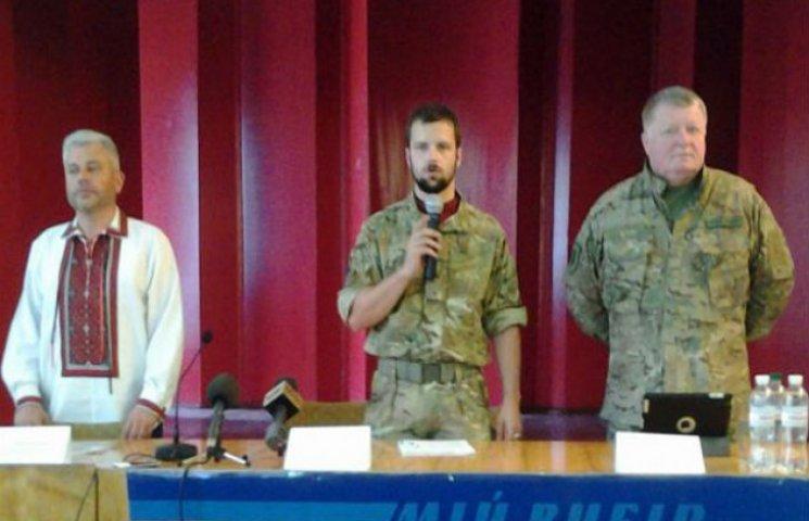 """Екс-боєць батальйону """"Азов"""" іде в Полтавську міську раду"""