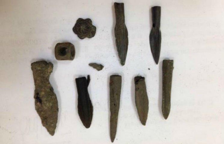 Житель Новосанжарського району нелегально продавав Скіфські артефакти