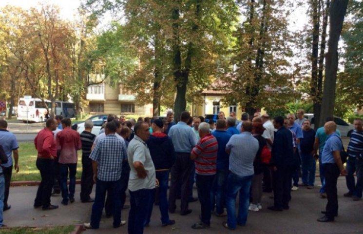 Перевізники домовилися з Хмельницькою владою щодо тарифів