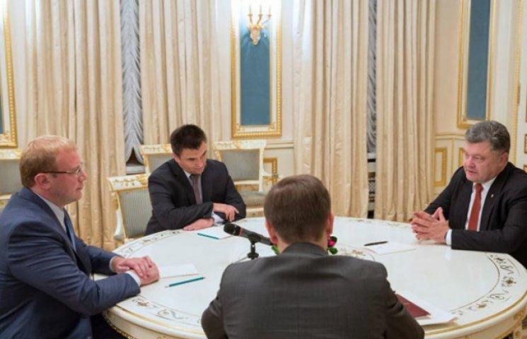 Почему Украина презирает Канаду и Австралию