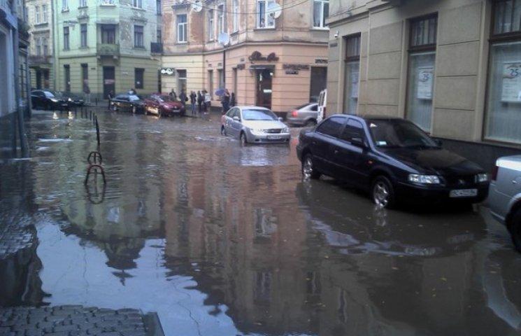 Львів знову затопило після дощу