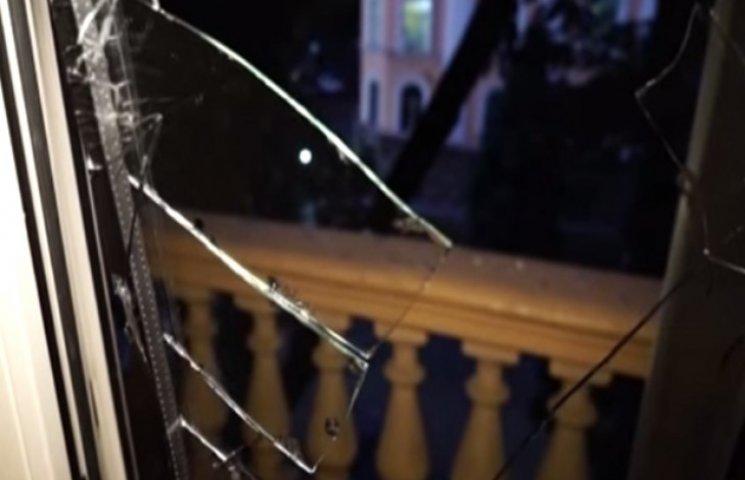 Мер Одеси заявив про пошкодження більше 20 будинків вибухом під облСБУ