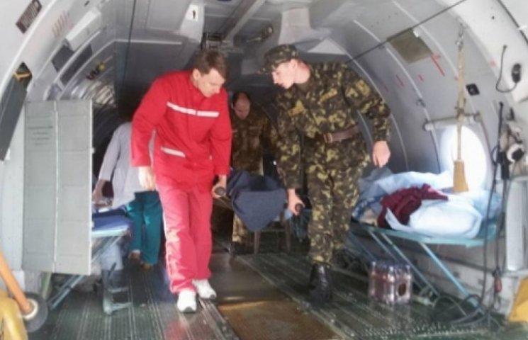 До Одеси прибули 32 поранених бійця з АТО