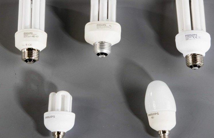 У Хмельницькому безкоштовно збиратимуть для утилізації люмінесцентні лампочки