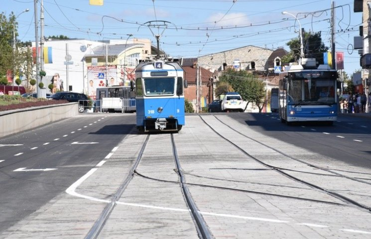 У Вінниці відновився рух транспорту через площу Гагаріна
