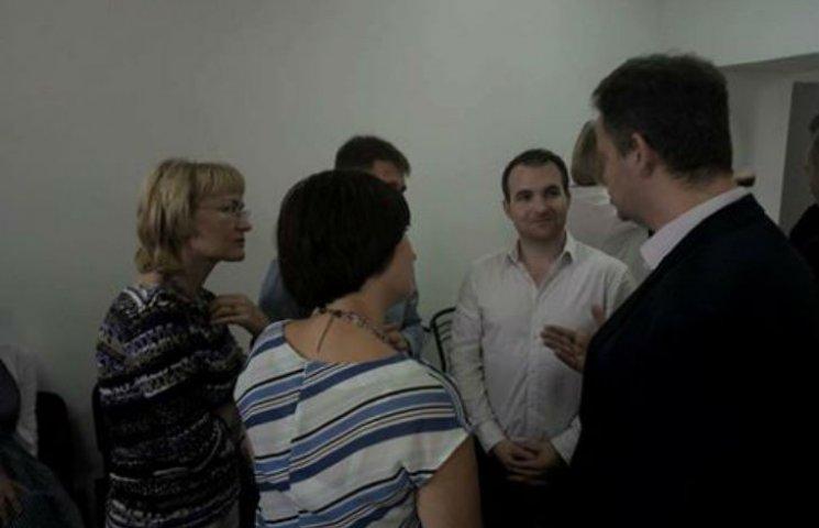 Французький психолог зустрінеться з дружинами полтавських військових