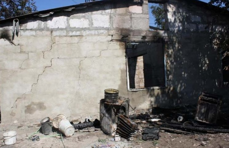 У Запоріжжі під час пожежі отруїлися троє дітей