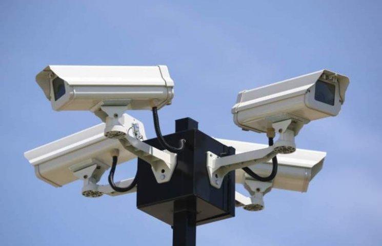 У Миколаєві збираються встановити ще 70 камер та запустити розпізнавання номерів машин