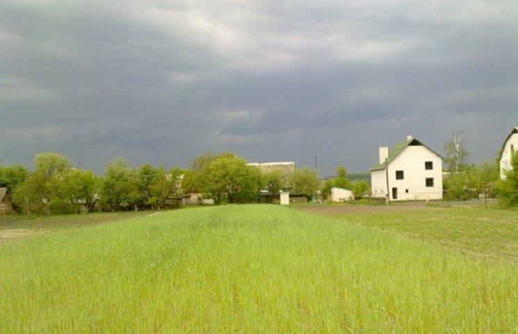 Хмарна погода протримається у Хмельницькому увесь день