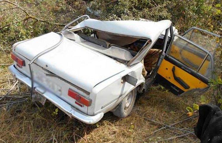 На Вінниччині водій легковика розбився насмерть