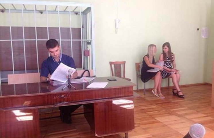 У Запоріжжі депутатка облради судиться з однопартійцями
