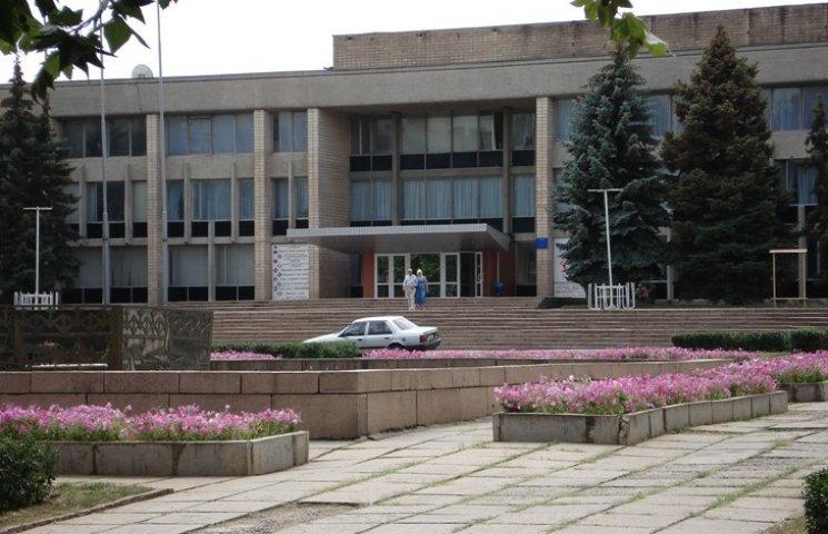 Любаров хоче добудувати Миколаївському палацу культури червертий поверх