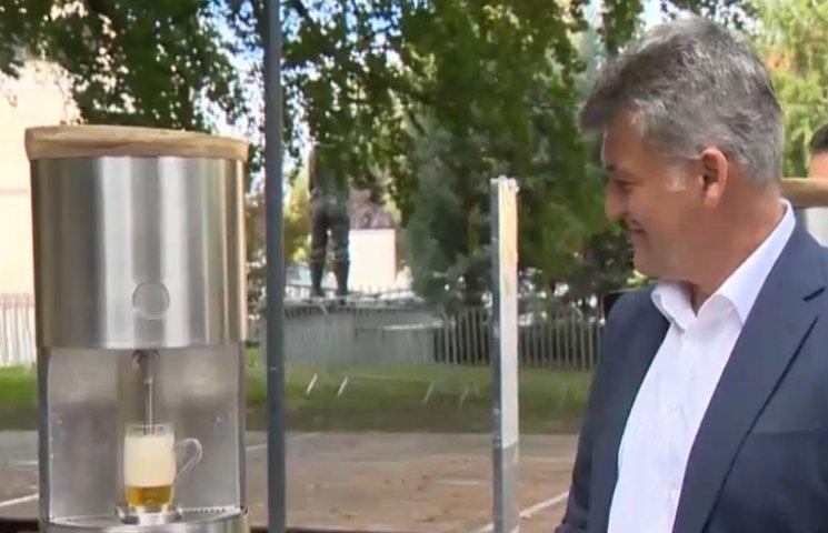 У Словенії відкрився перший фонтан пива
