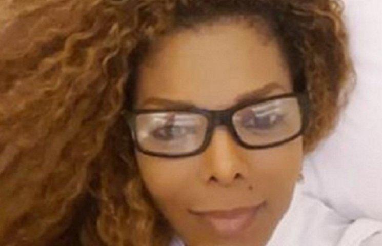 50-летняя беременная Джанет Джексон не встает с кровати