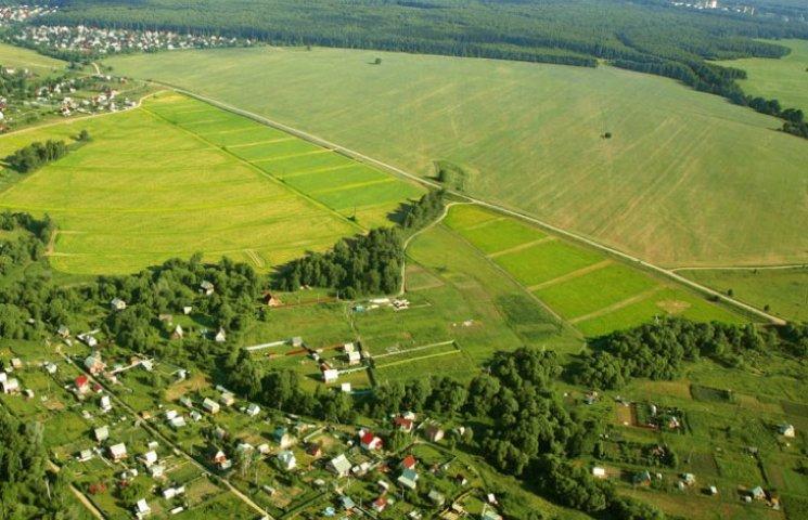 На Хмельниччині повернули незаконно орендованих 162 гектари землі